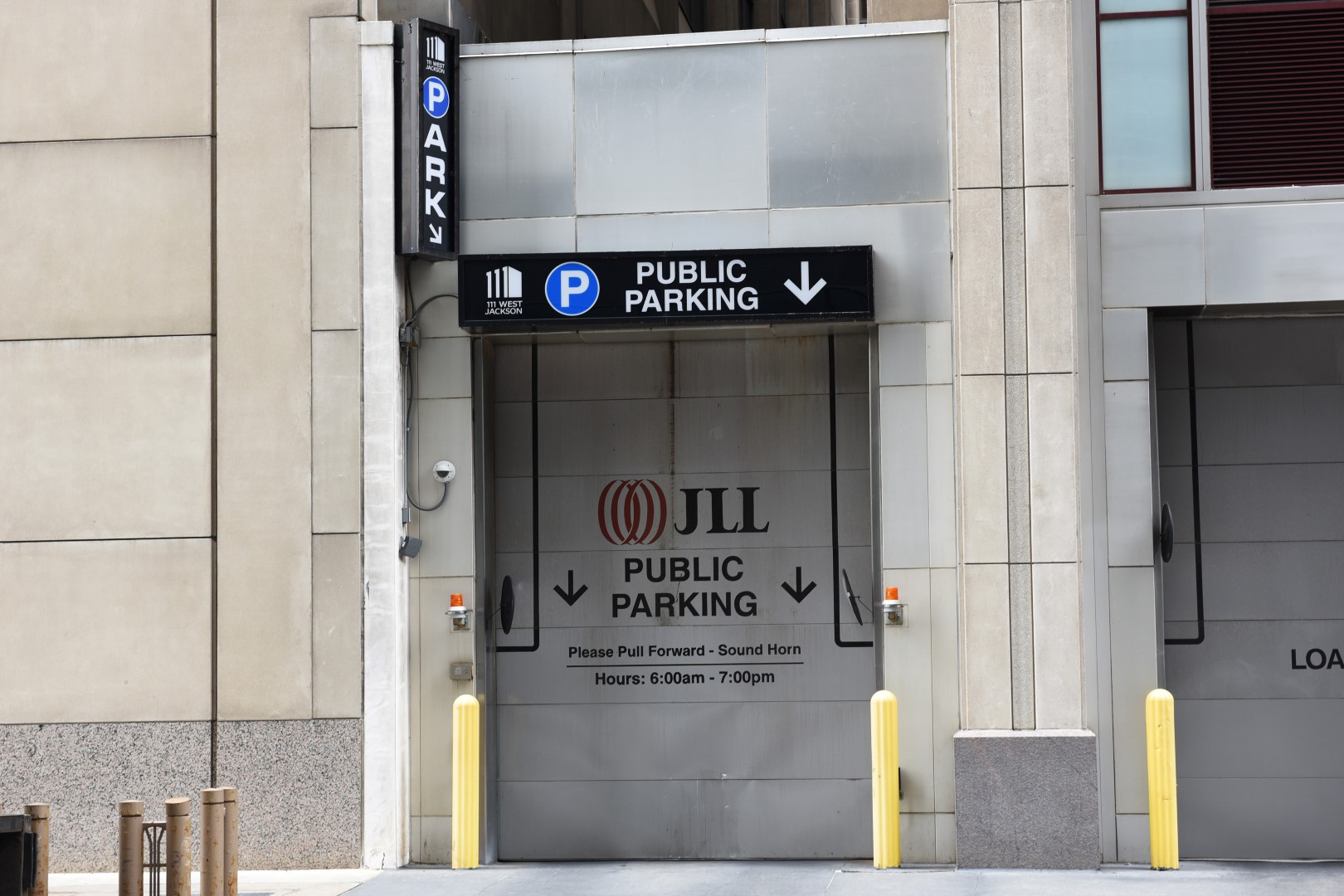 Chicago Parking From $12 - Save Up To 60% | ParkWhiz
