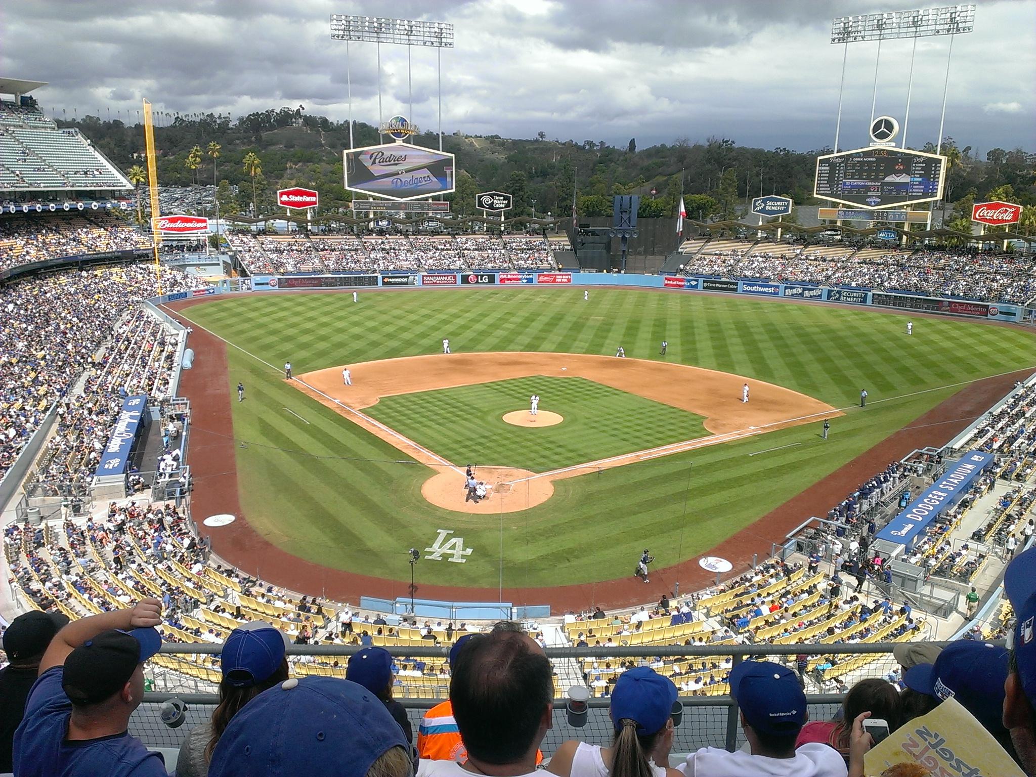 Dodger Stadium Parking - Book Dodgers Parking Near Stadium Now