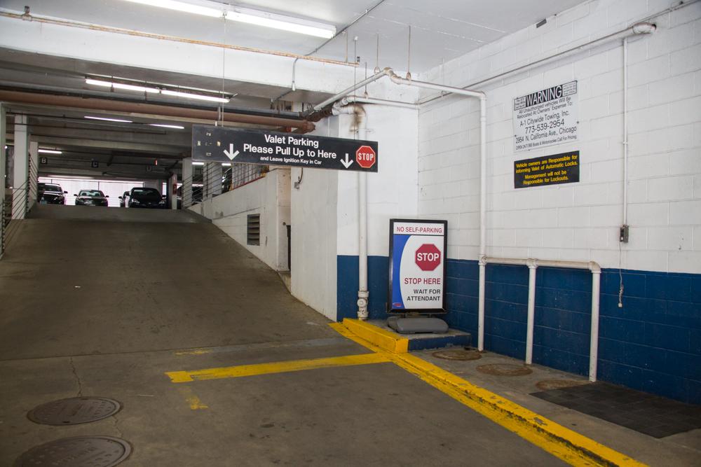 public chicago parking find parking near public chicago