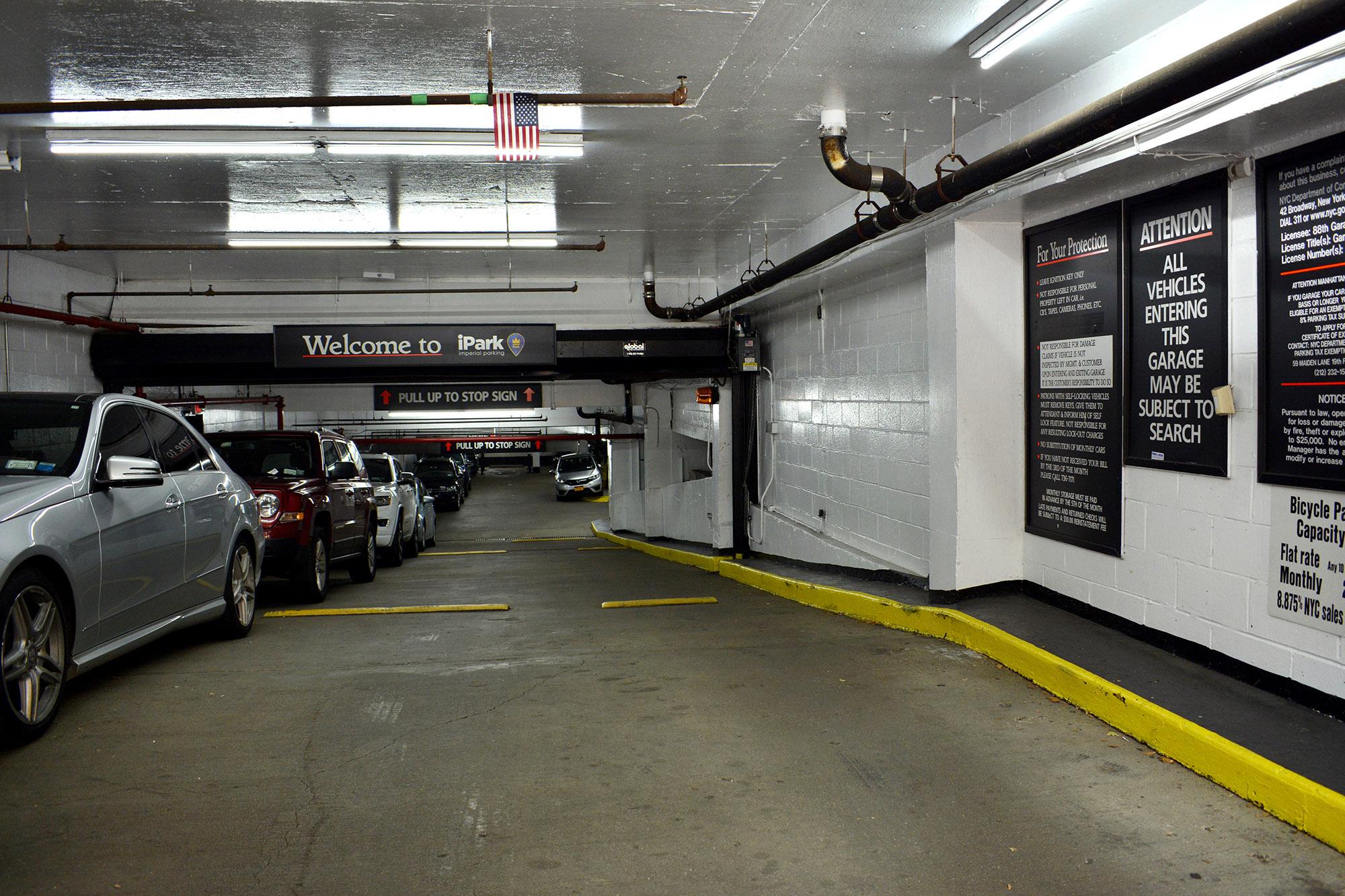 Manhattan Parking Find Book Parking In Manhattan Garages