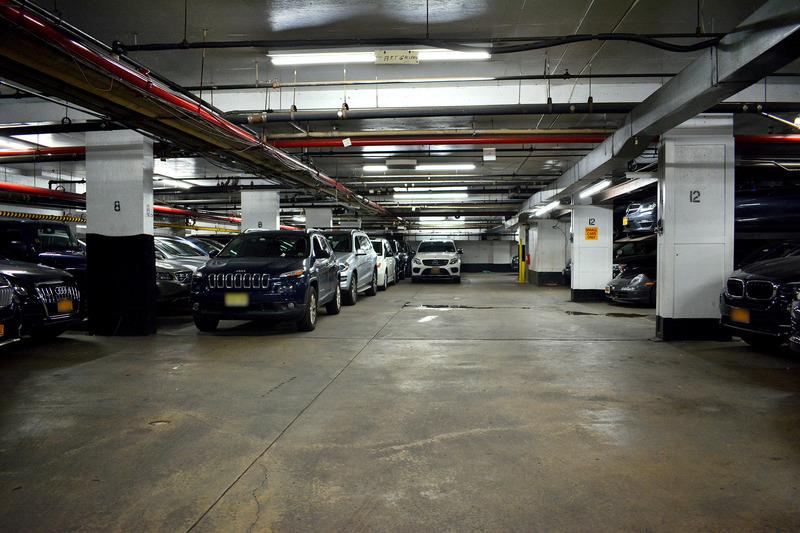 105 W 88th St Parking Parkwhiz