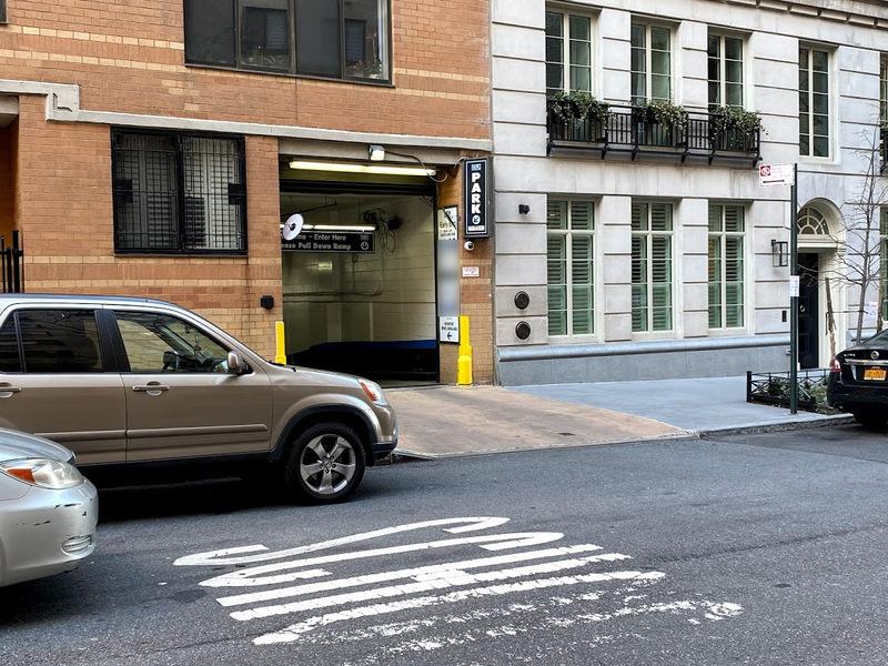 525 E 80th St Parking Parkwhiz